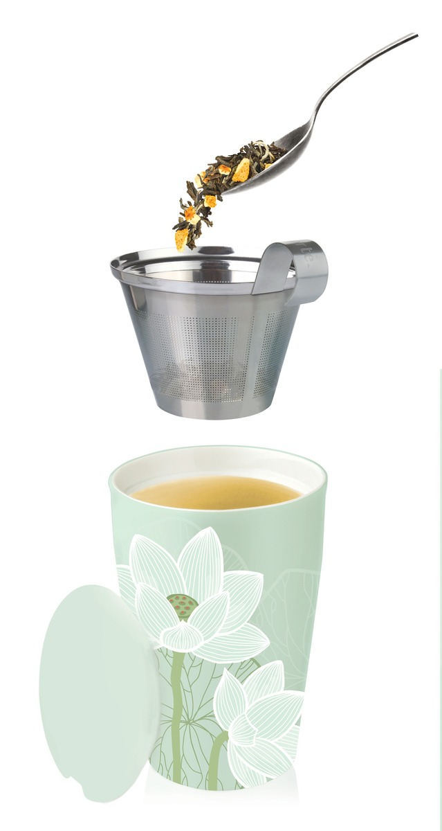 tasse avec infuseur th lotus. Black Bedroom Furniture Sets. Home Design Ideas